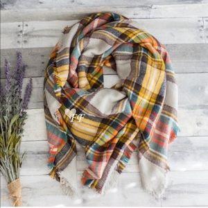 LAST ONE Figleaffashion plaid cozy blanket scarf